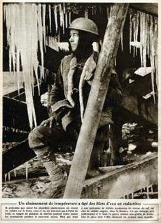Cette photographie illustre la dureté des conditions de vie dans les abris souterrains. Au quotidien, les sodats sont exposés à toutes les i...