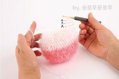 :: 슬플 고양이 수세미 :: 함께떠요/ 퐁퐁 수세미실/ 과정샷有 : 네이버 블로그 Knit Crochet, Diy And Crafts, Coin Purse, Knitting, Tricot, Coin Purses, Cast On Knitting, Crochet, Stricken