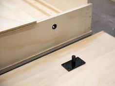 Do It Yourself Create A Bed Murphy Bed Hardware Kit . Rockler I Semble Murphy Bed Kits Plans Woodworker . Cama Murphy, Build A Murphy Bed, Murphy Bed Plans, Murphy Beds, Murphy Bed Hardware, Wooden Trim, Hideaway Bed, Diy Bett, Bed Springs
