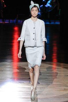 Marc Jacobs Spring 2012 Ready-to-Wear Fashion Show - Fei Fei Sun