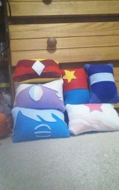 Hey, I found this really awesome Etsy listing at https://www.etsy.com/listing/237461364/steven-universe-inspired-pillows