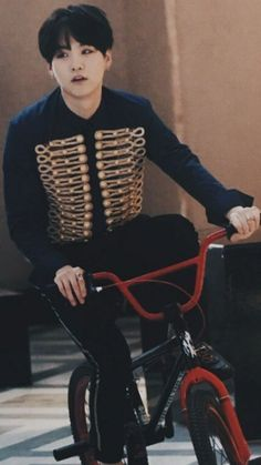 Bicycle and Yoongi (Blood Sweat and Tears) Suga Suga, Min Yoongi Bts, Min Suga, Bts Bangtan Boy, Bts Boys, Agust D, Seokjin, Kpop, Frases Bts
