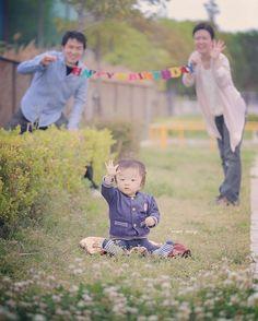#5歳ではありません笑 今日は名古屋で1歳バースデーの撮影! 前撮り・結婚式・マタニティ・お宮参り・ハーフバースデー、そして今日。 ずっと撮影させていただいてほんと、、 勝手に親みたいな気分で君を見てますよ。カメラのおじさんは!笑 人見知りしながらも色々撮らせてくれてありがとう! ^ ^ #結婚写真 #花嫁 #プレ花嫁 #卒花 #結婚 #結婚式 #結婚準備 #婚約 #婚 #カメラマン #プロポーズ #前撮り #ロケーション前撮り #写 #ブライダル #ウェディングフォト #ウェディング #写真好きな人と繋がりたい #結婚式コーデ #結婚式前撮り #結婚式カメラマン #weddingphoto #wedding #weddingphotography #instawedding #bridal #ig_wedding #bumpdesign #バンプデザイン