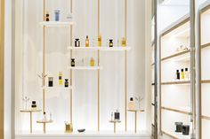 <p>Closed for 4 years, 'Le Grand Musée du Parfum' has finally reopened on last December in Paris. Architecture firm Projectiles was in charge of the architecture and the scenography on this fun projec