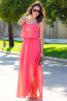 Get your new Modern Ego Summer collection now and get a 10% discount using the link below! http://www.modernego.com?r=7407 #Fashion #Dress #Shoes #Sunglasses #Pink #Coral #Accesoires #discount