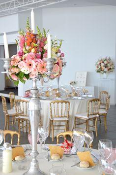 My Wedding Flowers Portugal #Chandeliers #weddingcenterpieces #coconutsbythesea #myweddingflowersportugal