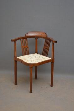 An Edwardian Mahogany Corner Chair - Antiques Atlas