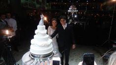 Bolo de Casamento, com os noivos, lindoooo