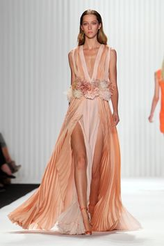 J. Mendel RTW Spring 2013, #41 / get rid of the toilet brushes around the waist and you've got yourself a dress!