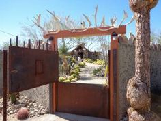 """Mojave Rock Ranch Reinvents the Desert Garden Take a visual stroll through this unusual landscape to see what innovative designers achieve when faced with a huge arid site surrounded on three sides by steep cliffs..."""