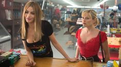 Film critic Richard Crouse reviews 'Hot Pursuit', 'Maggie' and 'Going Clear: Scientology and the Prison of Belief'. http://www.ctvnews.ca/video?clipId=609611&playlistId=1.2364834&binId=1.811512&playlistPageNum=1&binPageNum=1