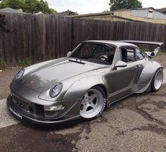 radracerblog:Porsche 911 RWB