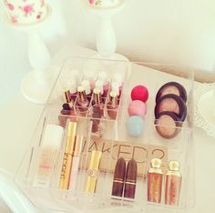 this is a wonderful makeup collection that i want lol ... everything that i pin on here i want hahahhahaha but this is what the website is for  i guess or to make somethingl ike it