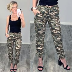 Comfy Easy Camo Cargo Style Pants ready to update your casual mom style easy summer ready #streetstyle #affordablefashion #casualstyle #ootdfashion #style #ootd #fallfashion #flannel #blogger #travel #vacationstyle #fashionlover #fashionblogger #summerstyle #boutiquefashion #womensfashionoutfit #falloutfit #dress #layeringdress #casualstyle #casualfashion #joggers #comfyoutfit #kimono #swimwear #homefashion #summervibes #womensfashion #onlineshopping #onlineboutique Camo Pants Outfit, Summer Pants Outfits, Sweats Outfit, Fall Outfits, Cute Outfits, Summer Clothes, Camoflauge Pants, Casual Mom Style, Badass Style