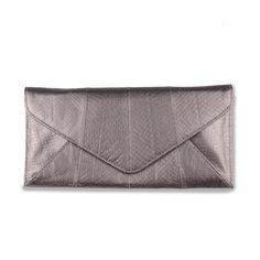 Dance clutch (silver) Sheep Leather, Pewter, Continental Wallet, Outfit Ideas, Dance, Womens Fashion, Silver, Bags, Accessories