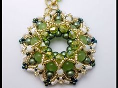 video: TheHeartBeading: Elda Pendant Tutorial part 1 of 2 - YouTube (seed beads, delicas, crystals)