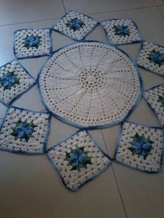 Doily Art, Doilies, Mary, Blanket, Color, Crochet Bag Patterns, Crochet Flower Patterns, Round Shag Rug, Tablecloths