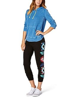 Joggers: Jump to rue21.com for the latest joggers for juniors! Our trendy girls jogger pants are offered in solid colors, patterns, colorblock, animal print and more.