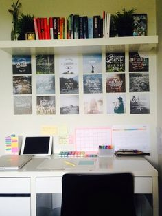 15 Useful Tips to Organize Your Home Office Desk Space Are you searching for ideas how to organize your home office desk space? We have some tips that will make your desk space lovely, stylish, and functional. Study Desk, Study Space, Desk Space, Study Areas, Study Rooms, Uni Room, Dorm Room, Ideas Para Organizar, Study Inspiration