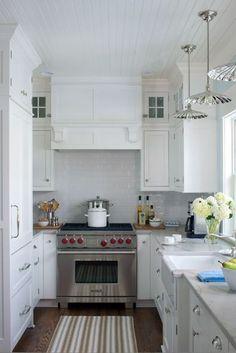 Cottage Company Beachside Cottage kitchen