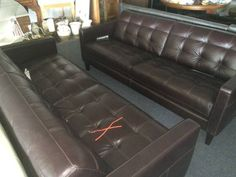"Very high quality Italian Leather sofa.  I've got 2 of these in stock.  They're gonna go fast at this price.   <br>						  Are You Looking For A Great Deal On Leather Furniture??  <br>    <br> This furniture is all high quality, top grain all leather.  NOT A BLEND or leatherette like you'd find at the cheap discount stores.  These pieces have leather on the sides and backs too, not just the seating surface.  <br> THIS STUFF IS THE REAL DEAL & IT""S BRAND SPANKIN NEW TOO!  <br> Now you can go…"