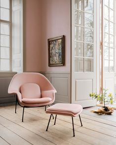 Womb Chair designed by Eero Saarinen