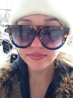 Amanda Bynes-Cheeks