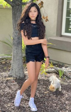 Girly Girl Outfits, Girls Casual Dresses, Cute Outfits, Tween Fashion, Fashion Outfits, Black Lace Leggings, Diy Wall, Wall Decor, White Converse
