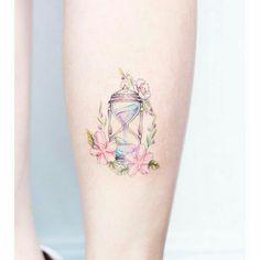50 süße Tattoos für Frauen – Tattoo Designs - Famous Last Words Cute Tattoos For Women, Cute Tiny Tattoos, Pretty Tattoos, Tattoo Designs For Women, Mini Tattoos, Unique Tattoos, Beautiful Tattoos, Body Art Tattoos, New Tattoos