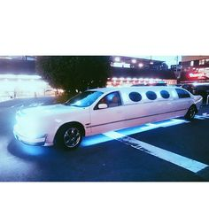 Instagram【knj222】さんの写真をピンしています。 《リムジン発見😲長〜い💨 #リムジン #大分 #別府 #発見 #車 #発見 #夜 #夜景 #日本 #長い #japan #oita #beppu #limousine #car #auto #night #nightview》