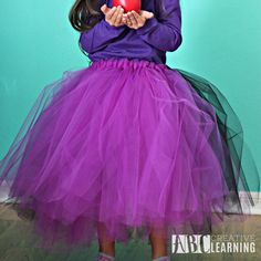 This easy tutu tutorial will help you in creating your own No-Sew Tutu skirt! Check out my step by step No-Sew Tutu Tutorial with lots of photos to follow. Making a tutu tulle skirt for adult and girls is easy with my Tutu Tutorial instructions.