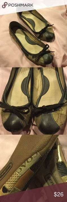 Coach.      $$$$$ 26 Very Good condition.    Leather Coach Shoes Flats & Loafers
