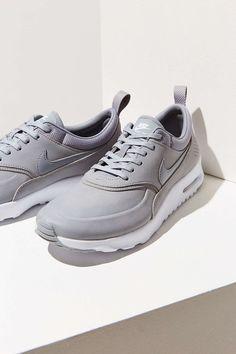 newest cd7c2 17032 Nike Air Max Thea Premium Sneaker