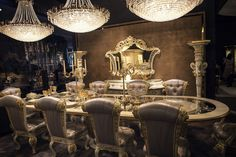 Luxury Dining Room Furniture: Luxury All The Way: 15 Awesome Dining Rooms Fit For Royalty Luxury Dining Tables, Luxury Dining Room, Modern Dining Table, Dining Room Sets, Dining Table Chairs, Dining Room Design, Luxury Rooms, Classic Dining Room Furniture, Royalty