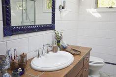 30 Bathroom Tiles You Will LOVE: Oversized White Subway Bathroom Wall Tile