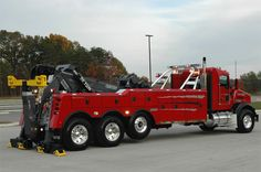 Kenworth T-800 - Century 9055 ( MILLER INDUSTRIES) Cool Trucks, Big Trucks, Towing And Recovery, Heavy Construction Equipment, Logging Equipment, Rescue Vehicles, Good Ole, Tow Truck, Peterbilt