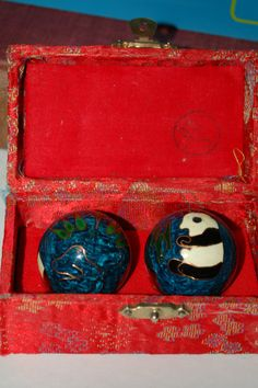 Baoding Balls for hand exercise and vibration healing