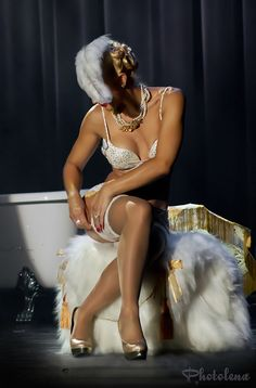 #Burlesque Scarlett James