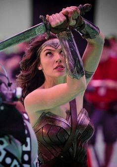 wonder woman,so amazing Wonder Woman Art, Gal Gadot Wonder Woman, Wonder Woman Movie, Wonder Women, Aquaman, Marvel Dc, Cosplay, Dc Comics, Gal Gabot