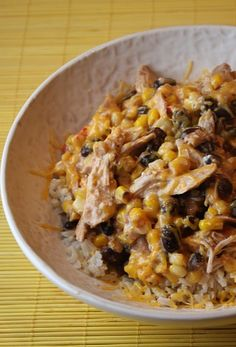 Easy Chicken Santa Fe in crockpot Slow Cooker Recipes, Crockpot Recipes, Cooking Recipes, Meal Recipes, Cooking Tips, I Love Food, Good Food, Yummy Food, Mexican Food Recipes