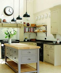 english kitchen small | Kitchens : English Country Kitchens With Neutral Colours And Small ...