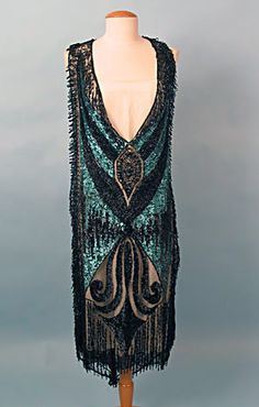 Art Deco Tunic, circa 1925, I would have so loved to live in the flapper era.