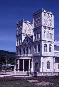 After the arrival of missionaries in 1830, Samoa quickly became converted to Christianity, especially Congregationalism. The church and fa'a...