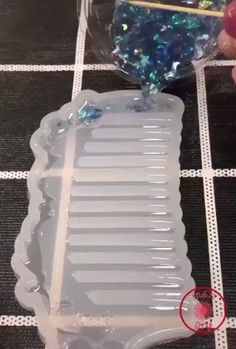 DIY Crystal Glue Jewelry Mold 229 Pcs Set ⭐⭐⭐⭐⭐ - All crafts have too.DIY Crystal Glue Jewelry Mold 229 Pcs Set ⭐⭐⭐⭐⭐ - All crafts have tools that make things easier. Diy Resin Crafts, Diy Crafts Hacks, Diy Home Crafts, Diy Arts And Crafts, Creative Crafts, Fun Crafts, Diy Projects, Paper Crafts, Gift Crafts
