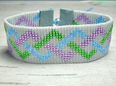 Coo Bead Loom Designs, Bead Loom Patterns, Peyote Patterns, Beading Patterns, Bead Loom Bracelets, Beaded Bracelet Patterns, Unique Bracelets, Beaded Jewelry, Loom Bands