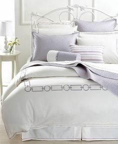 Hotel Collection Bedding  http://www.snowbedding.com/