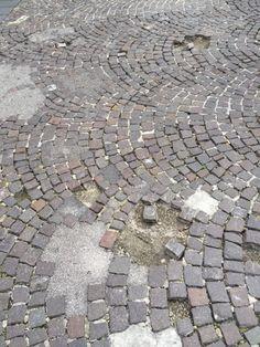 Vomero, isola pedonale di via Scarlatti: necessita di un restyling | Report Campania