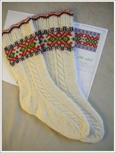 Ilga s socks pattern by nancy bush – Artofit Knitted Mittens Pattern, Fair Isle Knitting Patterns, Knit Mittens, Knitted Shawls, Knitting Designs, Knitting Socks, Hand Knitting, Crochet Patterns, Crochet Slippers
