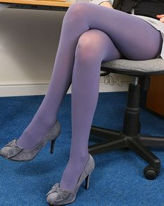 Pantyhose vs tights are two kinds of leg garments. Both garments are coverings that start from the wearer's waist down to the feet. There still are some differences between pantyhose and tights. Colored Tights Outfit, Funky Tights, Purple Tights, Mens Tights, Coloured Tights, Pantyhose Outfits, Nylons And Pantyhose, Hold Up Stockings, Stockings Heels