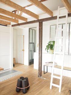 Renovation of an Apartment in Paris by Atelier DCCP Architectes Note Design Studio, Apartment Renovation, Photo Studio, Stool, Paris, Furniture, Home Decor, Gallery, Atelier